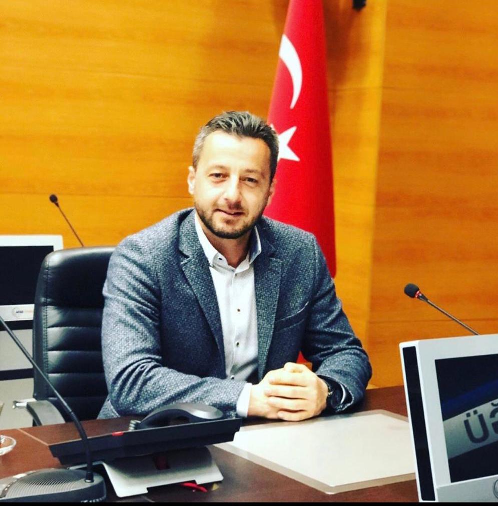 Şenol Güneş - Gençlik ve Spor Gönüllüleri Derneği Başkanı